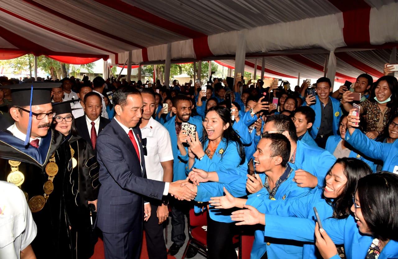 Presiden RI Joko Widodo Hadiri Dies Natalis UKI ke-65 Tahun